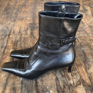 GUCCI Black Leather Pointed Boots - 37C